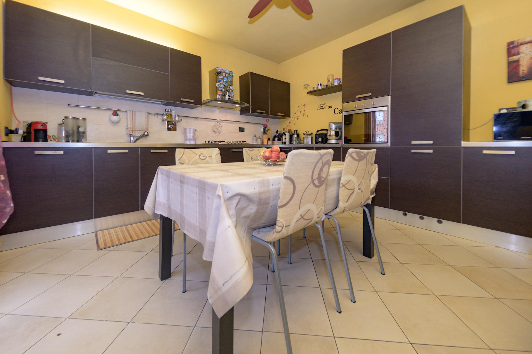 Volpiano - 2 Cucina-3