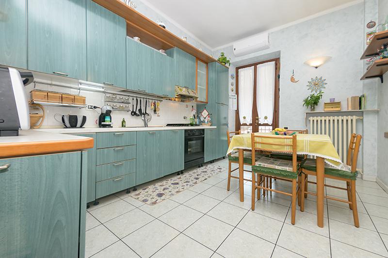 Via-Viterbo---3-Cucina